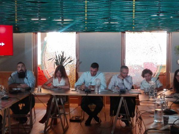 Reunión de las organizaciones de cooperación para el desarrollo con Pedro Sánchez